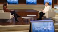 Bei Anne Will ringt Angela Merkel um das Vertrauen ihres Publikums