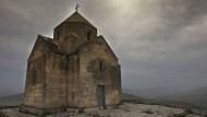 Appelle an finstere Energien: Kampf um Denkmäler in Nagornyj Karabach
