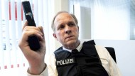 Aus diesem Fall führt für ihn kein Weg hinaus: Ulrich Tukur als Kommissar Felix Murot.