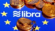 """Das Digitalgeldprojekt """"Libra"""" treibt die Notenbanken um."""