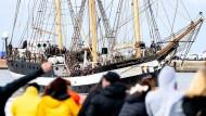 Schifffahrt statt Lockdown: Schulklasse kehrt nach sechsmonatiger Segelfahrt zurück