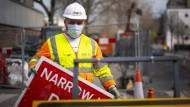 Unter erschwerten Bedingungen: ein britischer Bauarbeiter in London