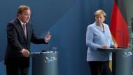Der schwedische Ministerpräsident Stefan Löfven und Bundeskanzlerin Angela Merkel am Donnerstag in Berlin