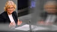 Bundesjustizministerin Christine Lambrecht (SPD) Anfang März im Bundestag