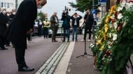 """Empfindet """"Scham und Zorn"""" angesichts der Notwendigkeit, jüdische Gotteshäuser in Deutschland zu schützen: Bundespräsident Steinmeier am Freitag in Halle"""