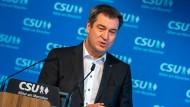 Der bayerische Ministerpräsident Markus Söder (CSU) am Montag während einer Pressekonferenz in München