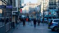 NSU 2.0: Deutsche Polizei, die Telefonauskunft für Drohbriefschreiber