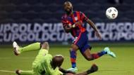 Derzeit beim Gold Cup aktiv: Der Amerikaner Shaq Moore (r.) im Spiel gegen Haiti