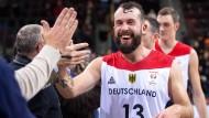 Bemüht sich um gesellschaftliche Toleranz und sportliche Fairness: Bastian Doreth im Trikot der Basketball-Nationalmannschaft