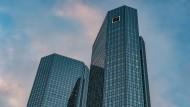 Die Doppeltürme der Deutschen Bank in Frankfurt