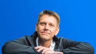 Oliver Steil, der Vorstandsvorsitzende von Teamviewer, bekommt vom früheren Eigentümer Aktien nach dem erfolgreichen Börsengang.
