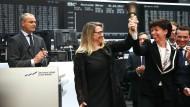 """Start des neuen """"Neuen Marktes"""" im März 2017 mit dem damaligen Börsenchef Carsten Kengeter, der Chefin des Aktieninstituts Christine Bortenlänger und Hauke Stars, damals zuständig für das Börsenparkett"""
