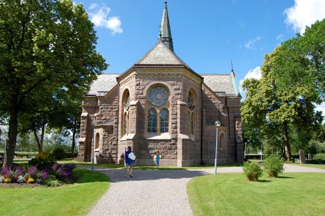 Obligatorisk fotografering av den lokala kyrkan. Sundals Ryrs kyrka.