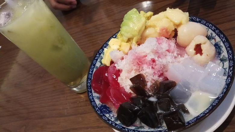 Mama's special ABC dan Ambula Juice (Jus kedondong)