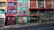 Und plötzlich Stillstand:Eine leere Straße in São Paulo