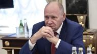 Der in der Schweiz inhaftierte russische Geschäftsmann soll ihm zugearbeitet haben: Alexej Gromow, der Erste Stellvertretende Leiter der Präsidialverwaltung in Russland