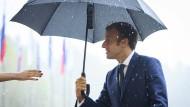 Der französische Präsident Emmanuel Macron bei seiner Ankunft beim EU-Gipfel in Brdo pri Kranju am Mittwoch