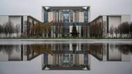 Macht ein Besuch hier befangen? Bundeskanzleramt in Berlin