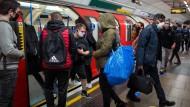 Reges Treiben in der Londoner U-Bahn