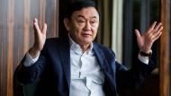 Thaksin Shinawatra, ehemaliger Premierminister Thailands, hält der Militärregierung unter Chan-o-cha vor, keinen Scham zu haben und sich an die Macht zu klammern.