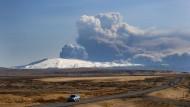 Folgenreiches Naturschauspiel: Die Eruption des Eyjafjallajökull 2011 legte tagelang den Flugverkehr über Europa lahm.