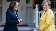 Kamala Harris und Angela Merkel am 15. Juli in Washington