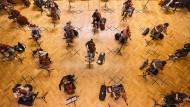 Konzertproben auf Abstand: Ein Kammerorchester voller Solisten
