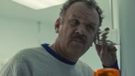 """Lauscher an der Wand: John C. Reilly als Robert """"Cap"""" Caputo"""