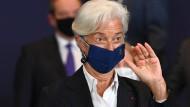 EZB-Präsidentin Christine Lagarde rechnet mit neuen Konflikten um die Anleihekäufe der Notenbank.