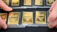 Gold, Gold, Gold ist alles, was ich habe: Ein Goldhändler im südkoreanischen Seoul präsentiert seine Auslage.