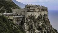 Das Kloster Simonos Petras: Mit seinen sieben Stockwerken erinnert es an tibetische Klöster.
