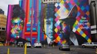 Buntkariert und an der Wand: Der Künstler Eduardo Kobra hat auch Bob Dylan verewigt.