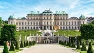 Wenig los: Das Obere Belvedere haben die Wiener momentan fast für sich.