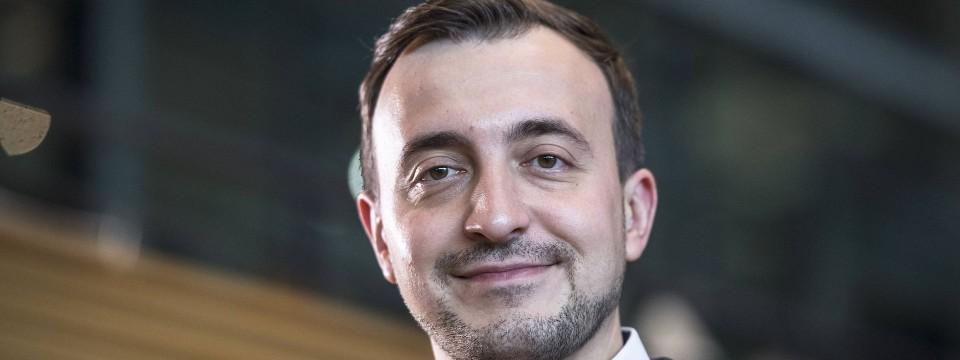 Paul Ziemiak, 32, Vorsitzender der Jungen Union. Er war drei Jahre alt, als er 1988 auf dem Schiff aus Polen in Travemünde eintraf.