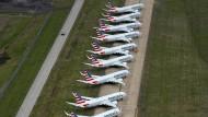 Luftbild eines wirtschaftlichen Desasters: 737-Max-Flugzeuge von American Airlines stehen geparkt auf dem Flughafen von Tulsa in Oklahoma, weil sie nicht mehr fliegen dürfen.