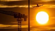 Die Flugscham zwingt auch Klimaforscher zum Umdenken.