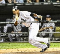 Dewayne Wise makes the ball levitate: Do you believe in the Sox magic?