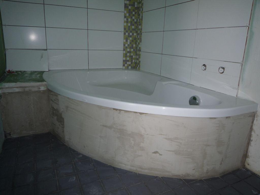 trappe de visite sur baignoire d angle
