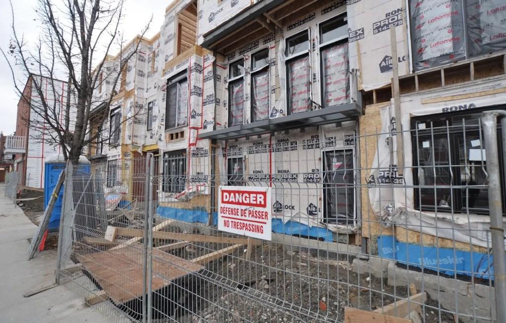 Logements sociaux: Montréal devra refaire ses devoirs, dit l'OCPM