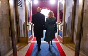 Des mots qui inspirent, pour apaiser les maux: par la force de sa plume, la poète Amanda Gorman a elle-même symbolisé l'espoir de l'Amérique lors de d'intronisation de Joe Biden.