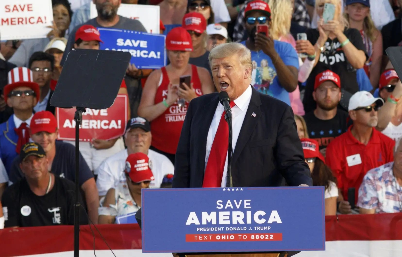 Trump lance la bataille des élections de mi-mandat avec un grand rassemblement