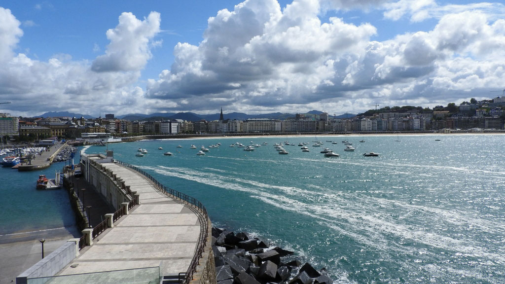 San Sebastian – plaža, surferi, pinćosi i lepa arhitektura