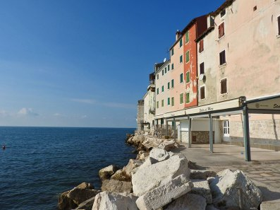 more i zgrade