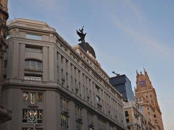 vrhovi zgrada u grand via