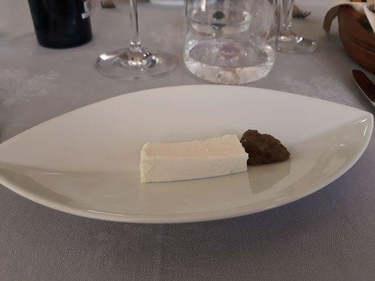dobordošlica sir i patlidžan