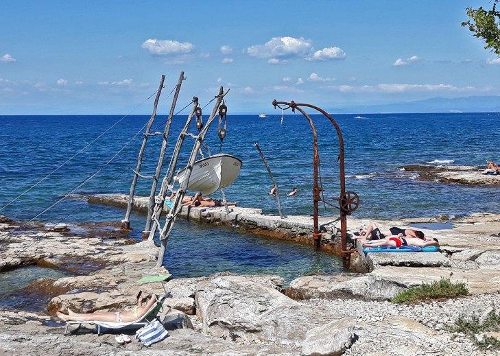 Savudrija viseći čamac