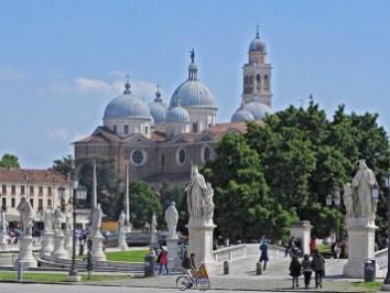 pratto della valle and abbey di santa giustina Padua