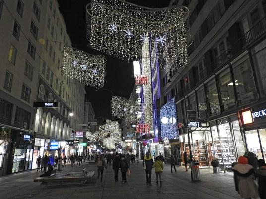 christmas vienna by night