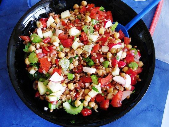 Spelt and Chickpea Salad