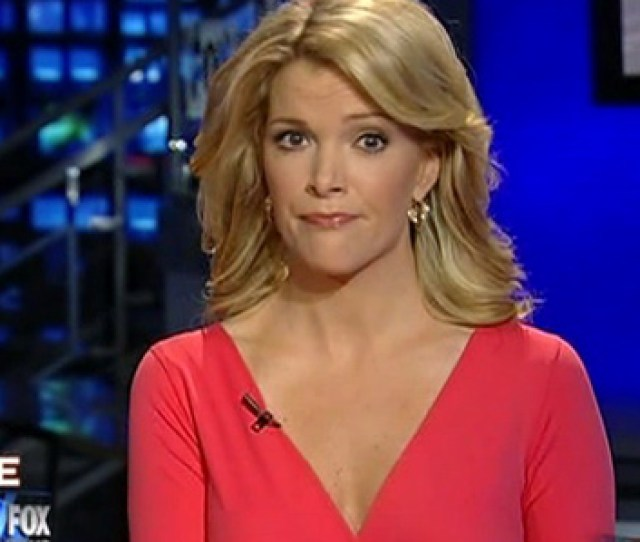 Sexy News Anchors Distract Viewers Popsugar Love Sex